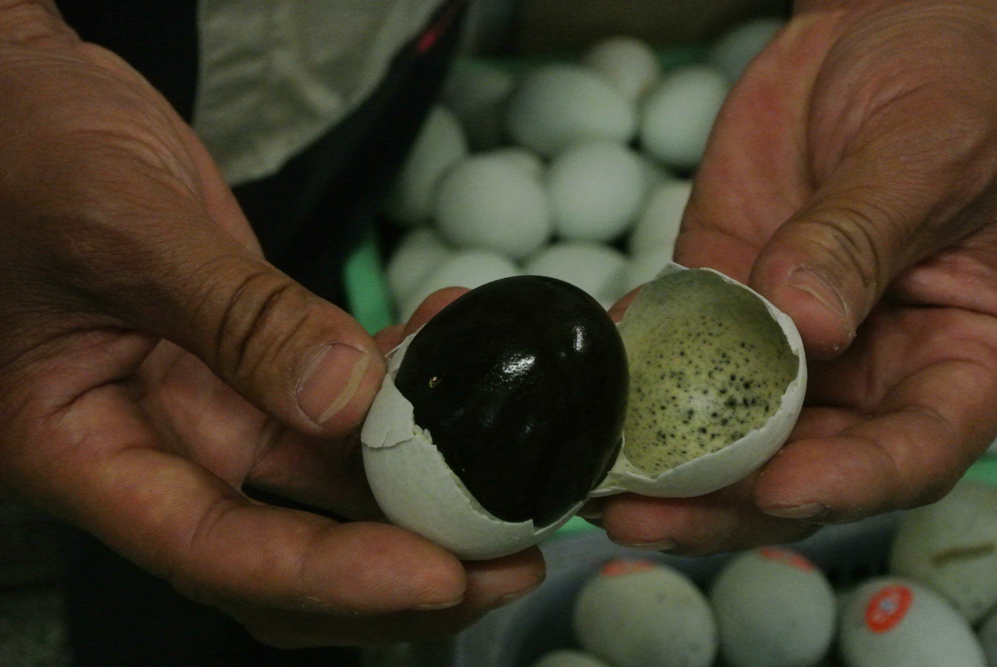 Revealing the black inside of a 100 year egg, Beijing